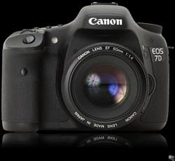 canon 7d.  دوربین حرفه ای کنون 7 دی