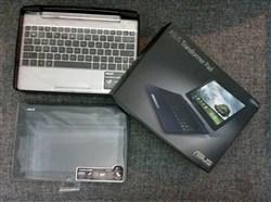 تبلت Asus transformer pad TF300T در حد نو با صفحه کلید اوریجینال
