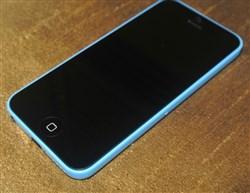 از انگلیس خریدم روی کد ان هم هستiphone 5c blue