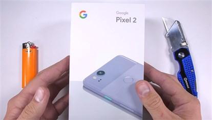 تماشا کنید: تست مقاومت بدنه  پیکسل 2 گوگل در برابر خطوخش، سوختگی و خم شدن