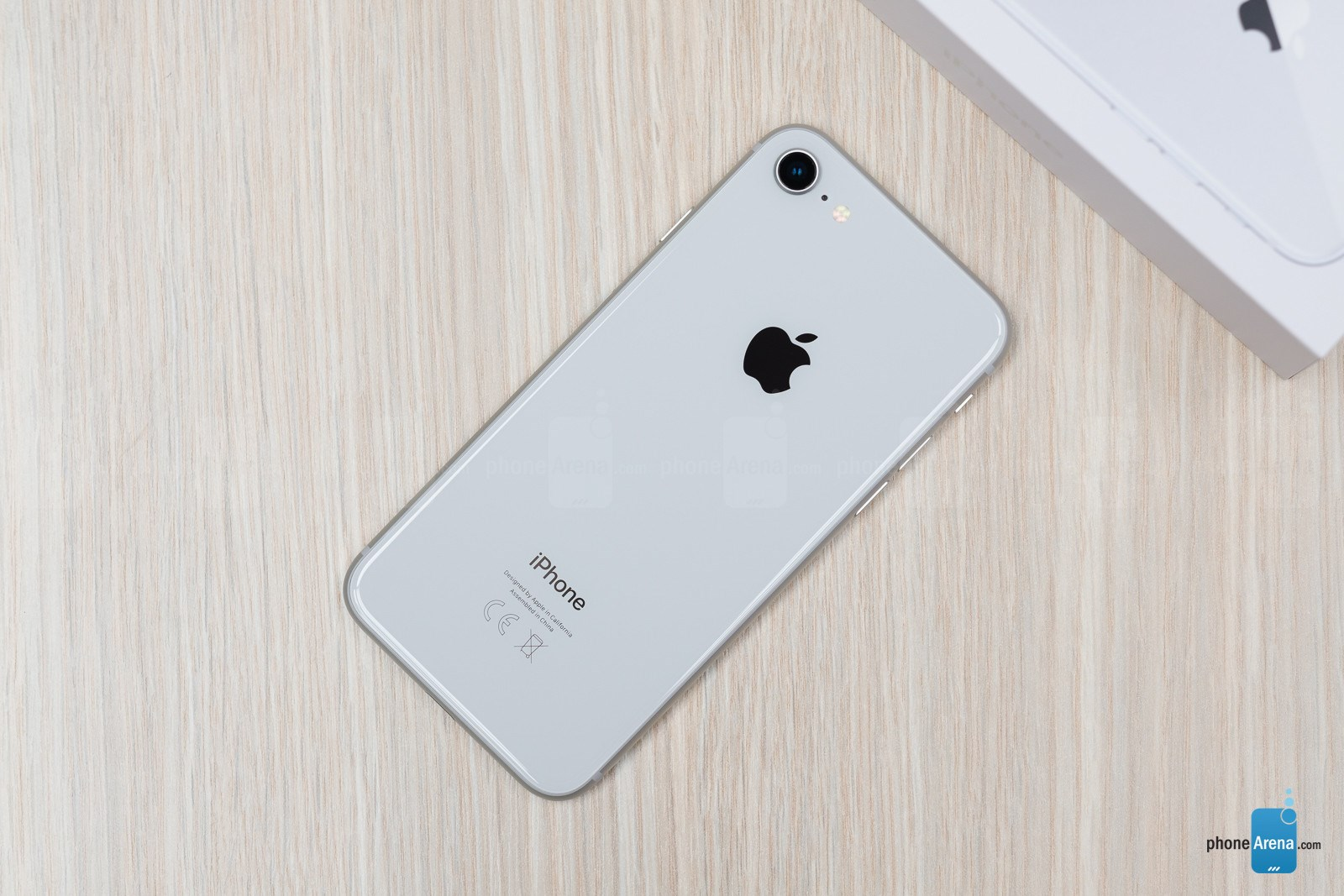 تصاویر iPhone 8-256GB