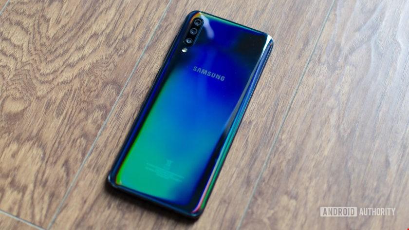 تصاویر Galaxy A70
