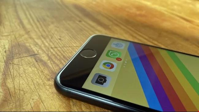 تصاویر iPhone SE 2020