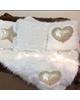 - کوسن مدل قلبی کد M3  مجموعه 3 عددی به همراه شال مبل - سفید طلایی